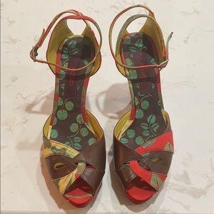 Gorgeous Kenzo Heel